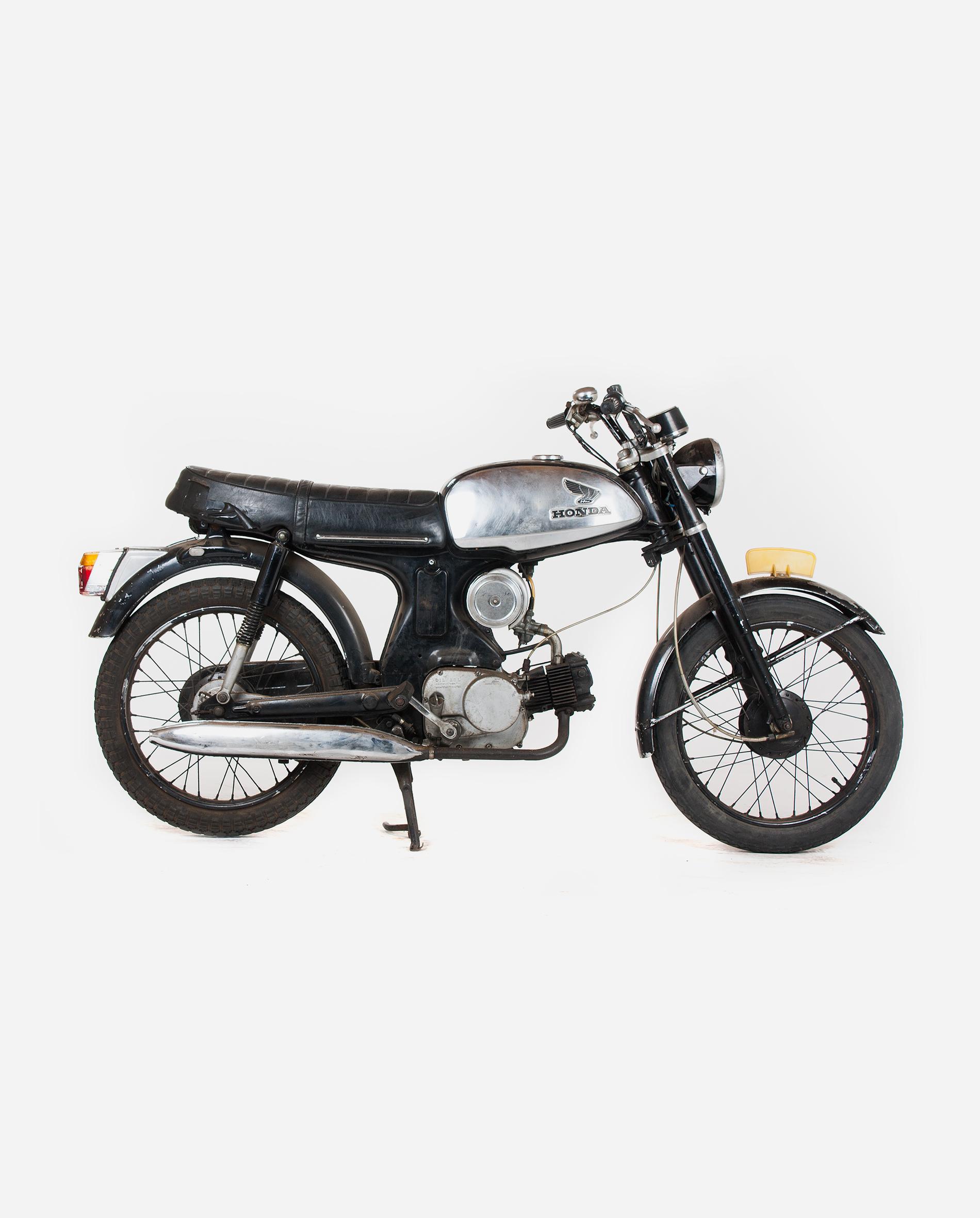 Honda-c320ts50-uitlaat-r · Fourstrokebarn