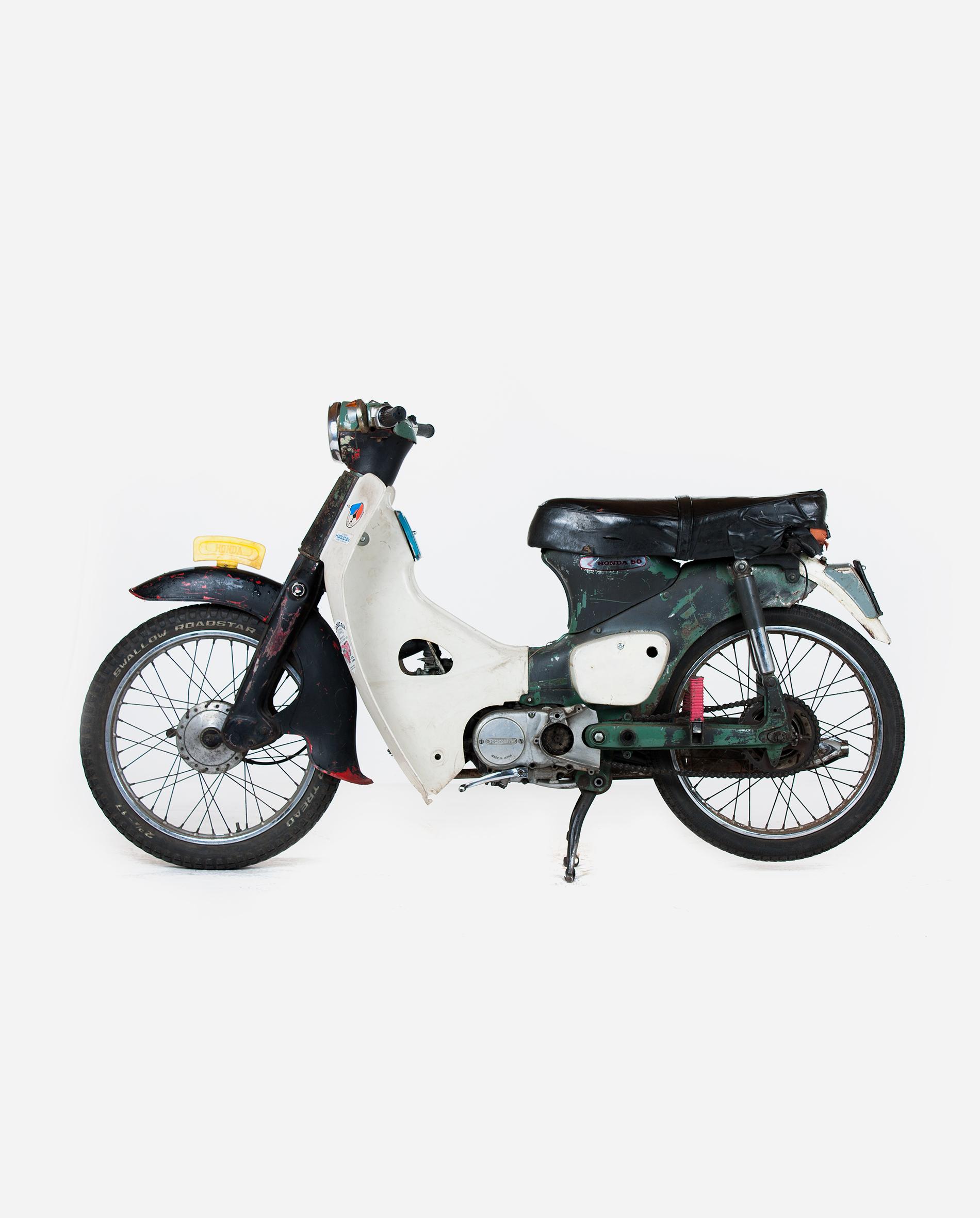Honda-c50-zwart-l · Fourstrokebarn