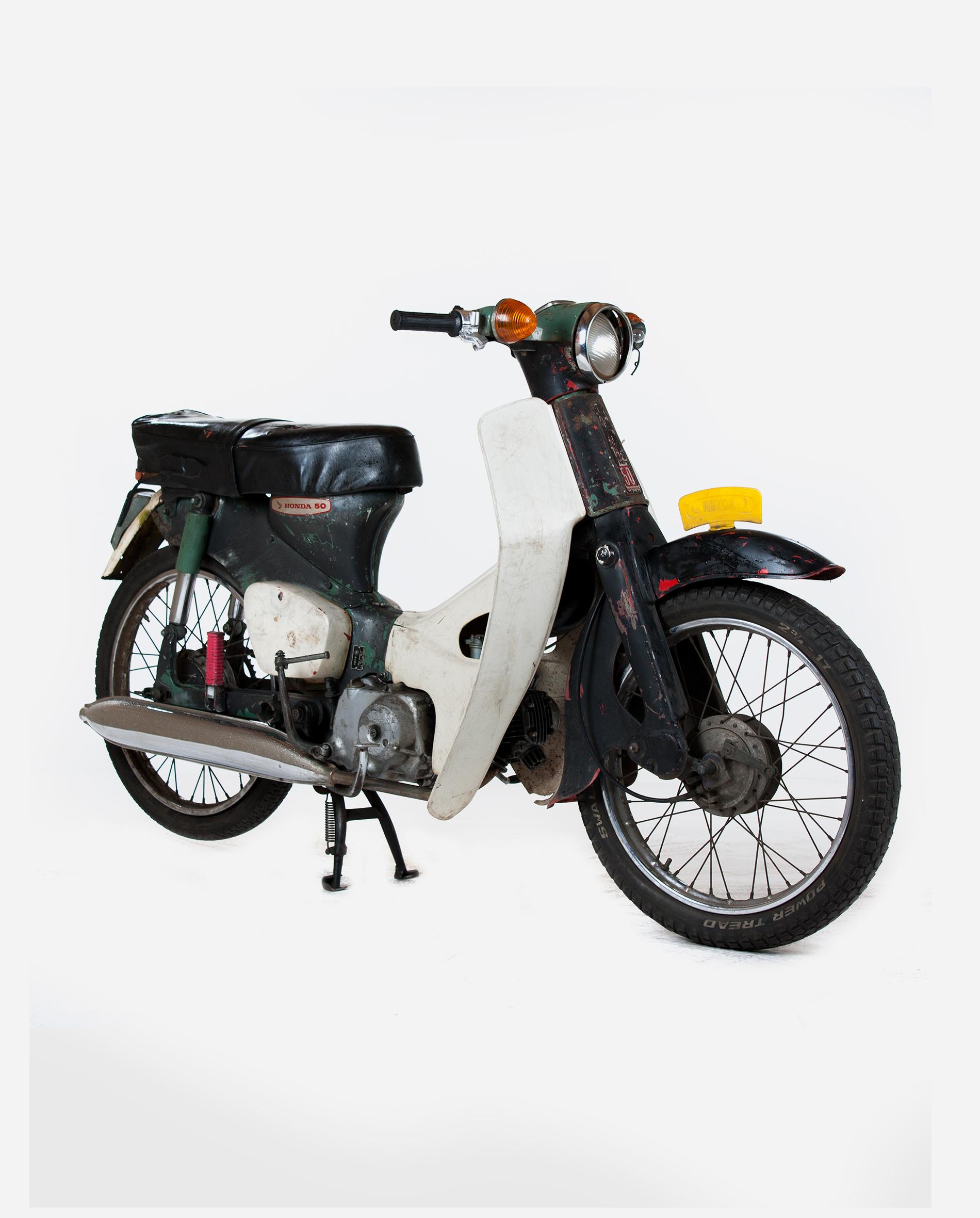 Honda-c50-black-rv · Fourstrokebarn