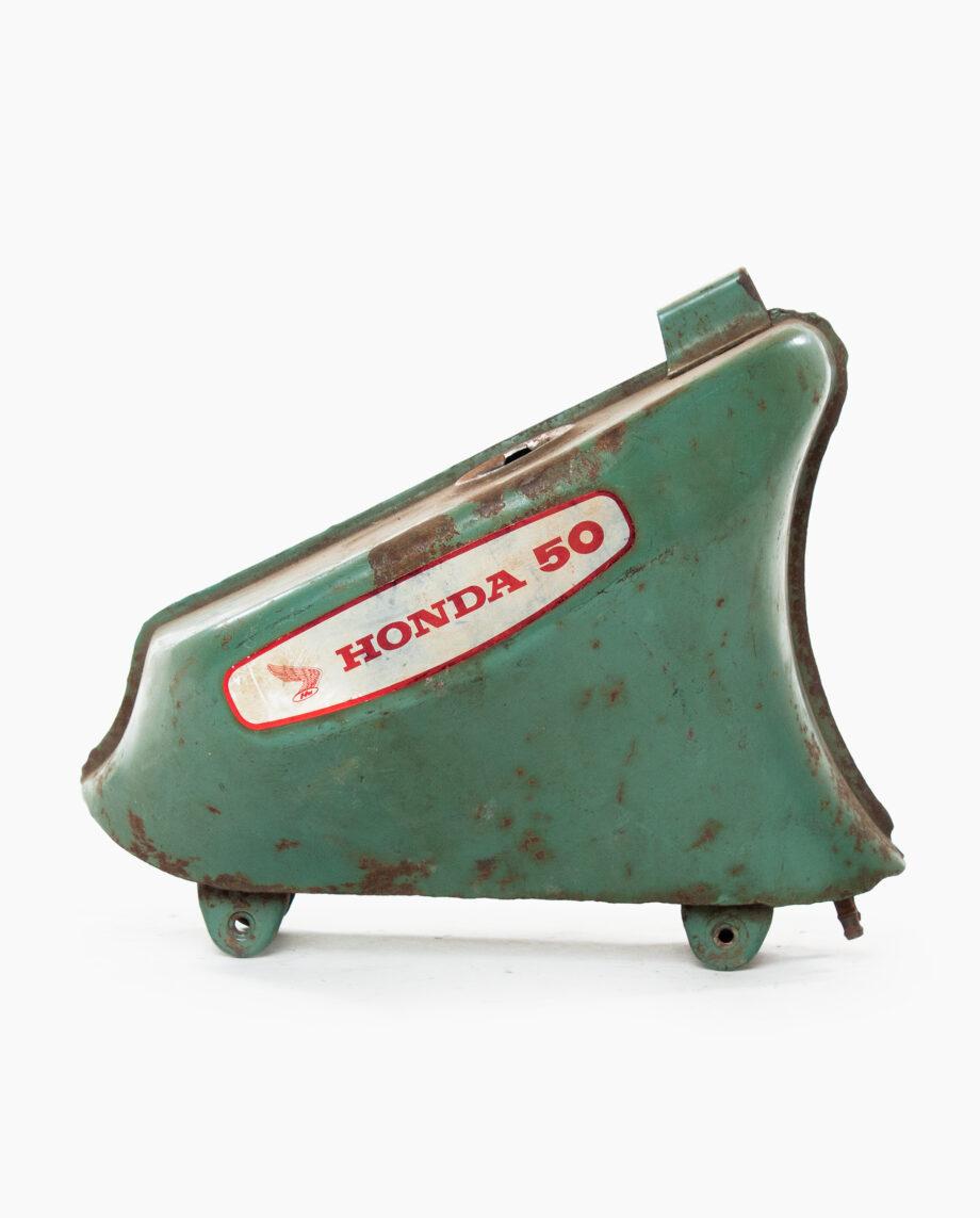Benzinetank Honda C50 (nr. 60)