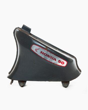 Benzinetank Honda C50 (nr. 71)