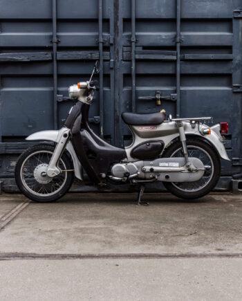 Honda Little cub zilver (km. 39326)