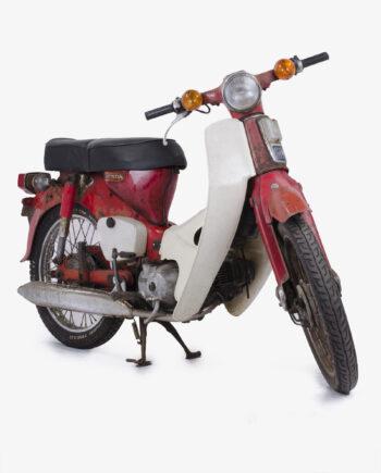 Honda c90 zonder kenteken 8320