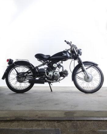 Honda Solo zwart