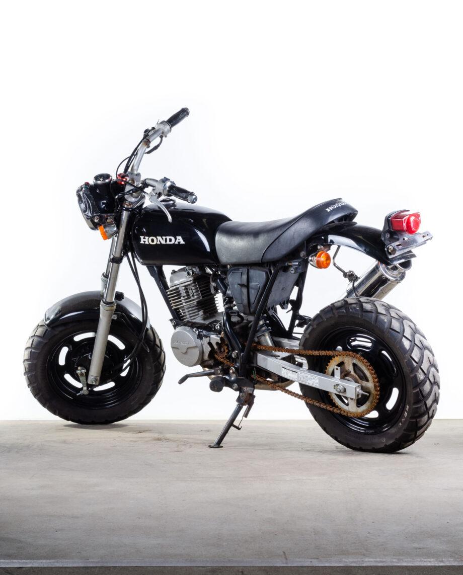 Honda Ape zwart