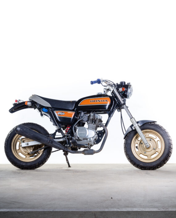 Honda Ape zwart oranje