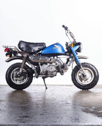 Honda Monkey blue
