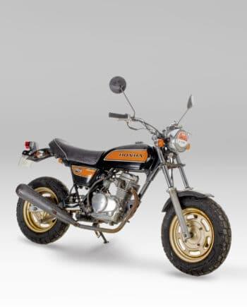 Honda Ape 50 FI Injection Black and Orange