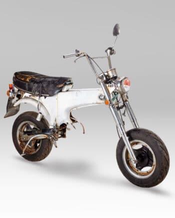 Honda Dax (rolling frame) - https://fourstrokebarn.com
