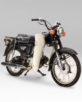 Honda CD50 Benly Zwart - https://fourstrokebarn.com