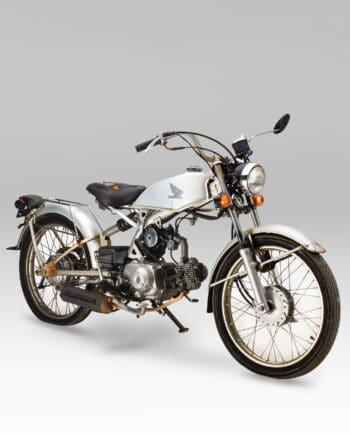 Honda AC17 Solo Zilver - 32110 km